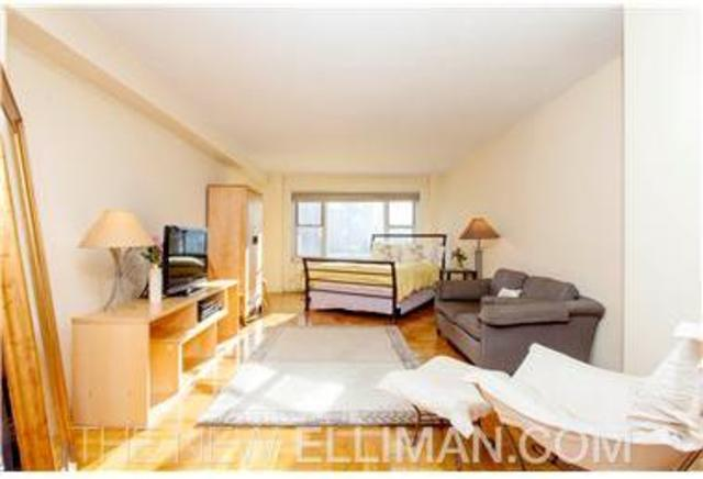 440 East 79th Street, Unit 17I Image #1
