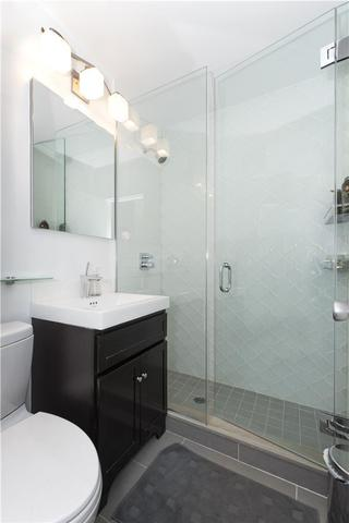212 East 77th Street, Unit 1C Image #1