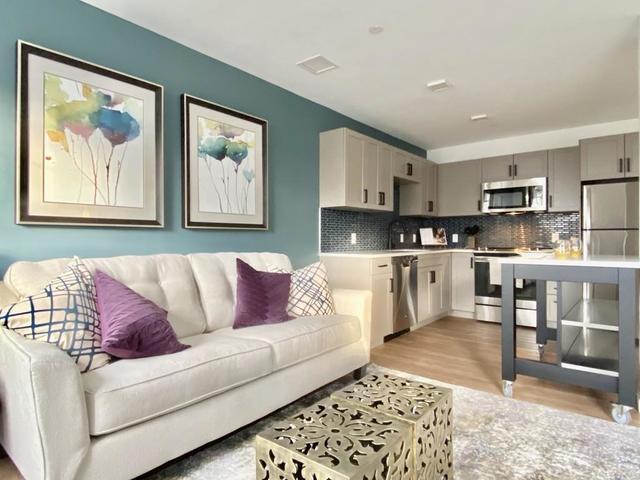 201 South Huntington Avenue, Unit 201402 Jamaica Plain, MA 02130