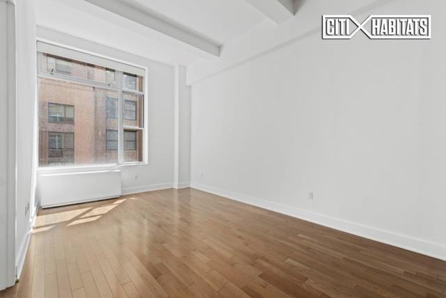 321 West 37th Street, Unit 6B Image #1