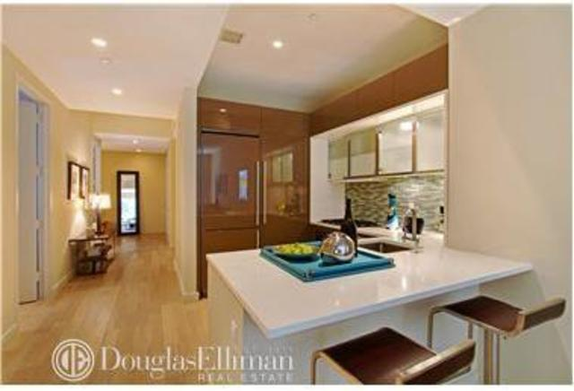 75 Wall Street, Unit 34R Image #1