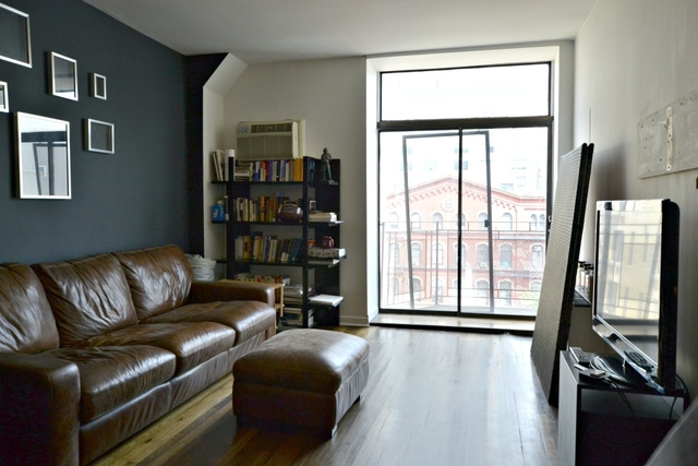 85 East 10th Street, Unit PHD Image #1