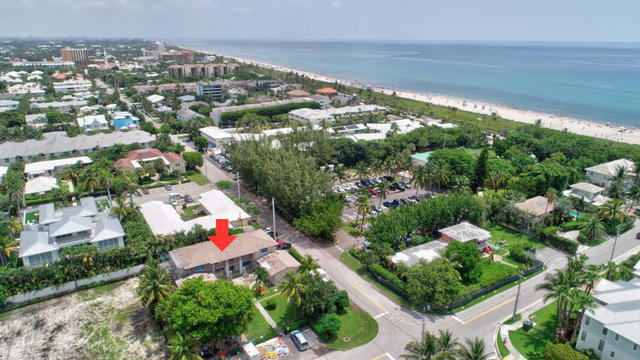 1025 Casuarina Road, Unit 4 Delray Beach, FL 33483