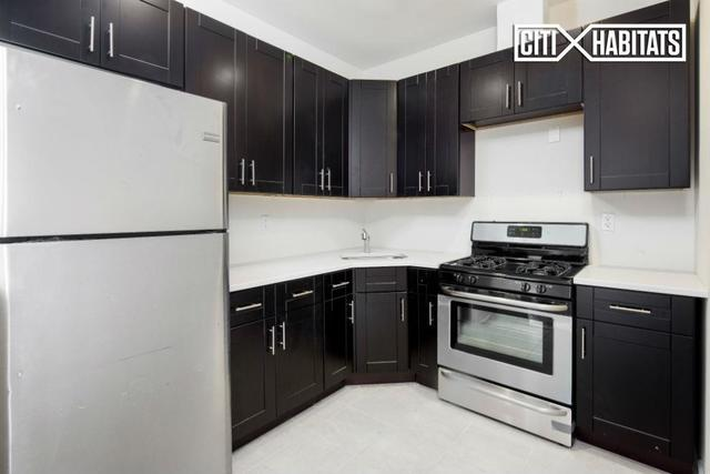 221 Manhattan Avenue, Unit 4 Image #1