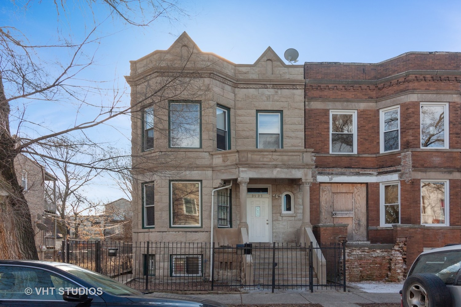 3935 West Polk Street Chicago, IL 60624