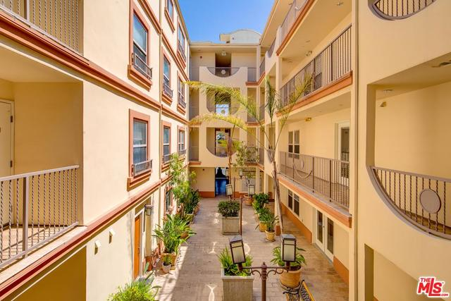 1621 Barry Avenue, Unit 202 Los Angeles, CA 90025
