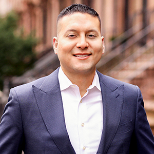 Nathan Vascones, Agent in NYC - Compass