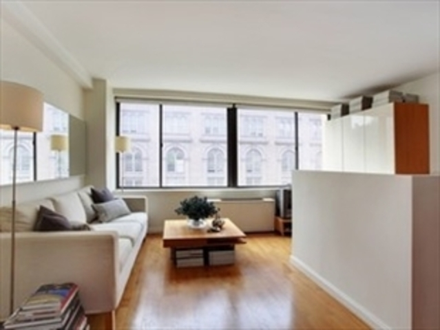 65 Cooper Square, Unit 4A Image #1