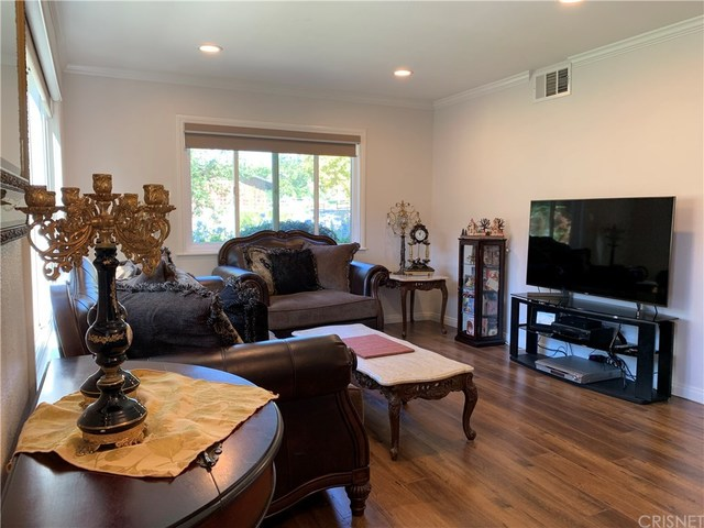 581 Rio Grande Circle Thousand Oaks, CA 91360