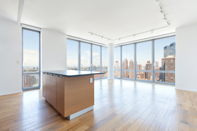 310 West 52nd Street, Unit 40H Image #1