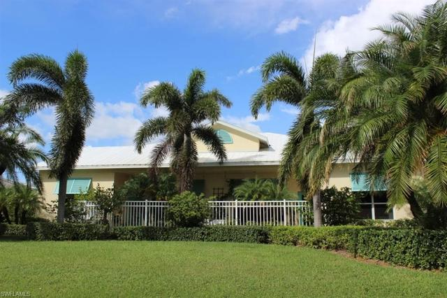 815 100th Avenue North Naples, FL 34108