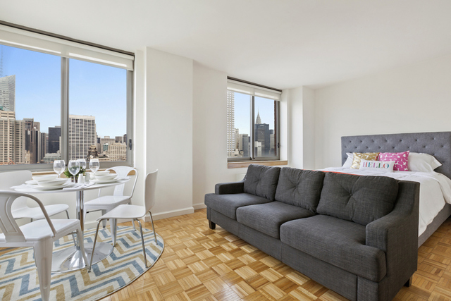 35 West 33rd Street, Unit 19A Image #1