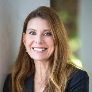 Julie Solomon,                     Agent in Santa Barbara & Montecito - Compass