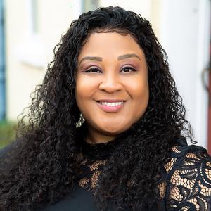 Dominique Smith