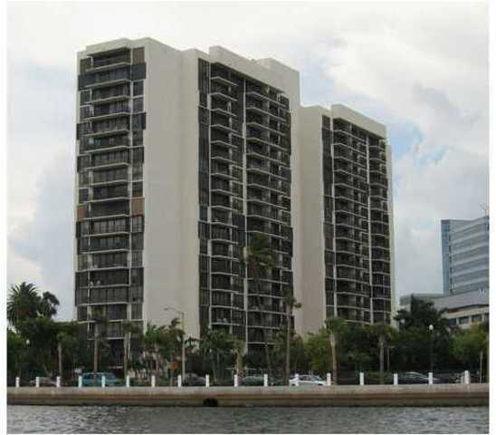 1450 Brickell Bay Drive, Unit 1009 Image #1