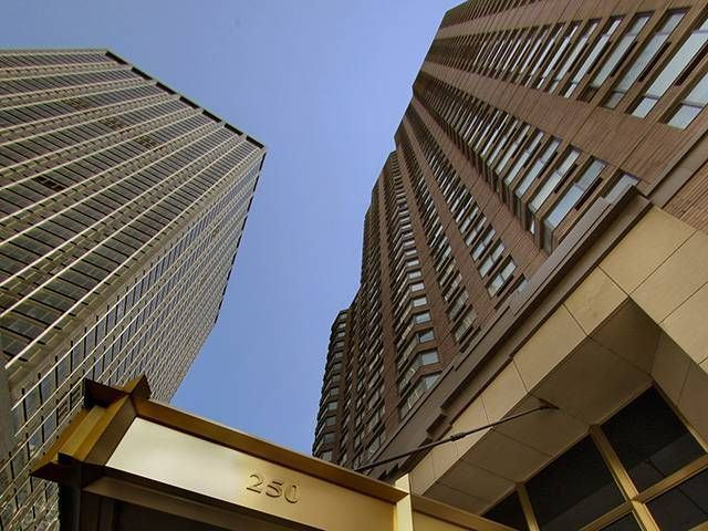 250 West 50th Street, Unit 28K Image #1