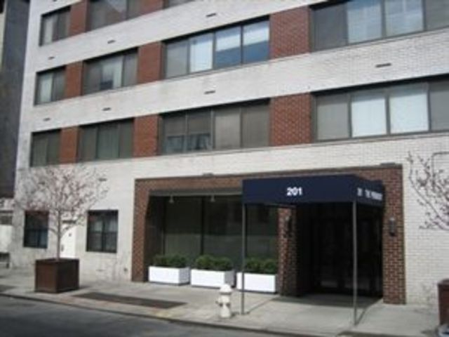 201 West 21st Street, Unit 9K Image #1