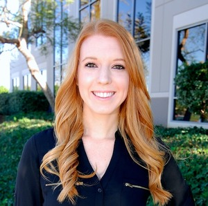 Lindsay Himmel,                     Agent in San Diego - Compass