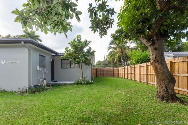 142 Southwest 52nd Terrace Plantation, FL 33317