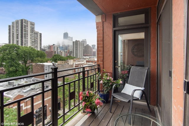 1414 North Wells Street, Unit 603 Chicago, IL 60610