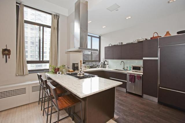 348 West 38th Street, Unit 10B Image #1