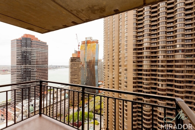 330 East 39th Street, Unit 34A Image #1