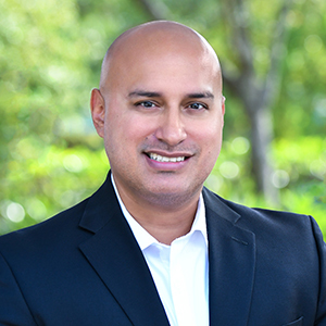 Erik Alvarez,                       Agent in Miami - Compass