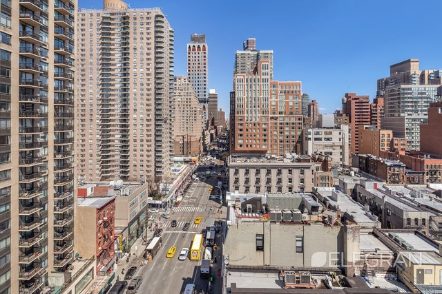 200 East 84th Street, Unit 16EF Manhattan, NY 10028