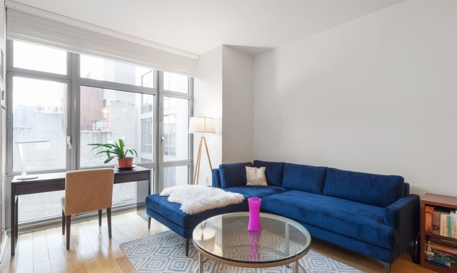 310 West 52nd Street, Unit 5D Manhattan, NY 10019