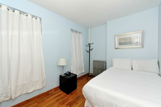 346 East 65th Street, Unit 3A Image #1