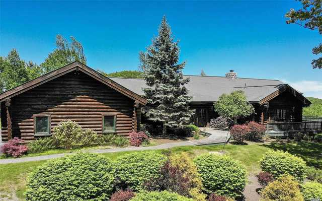84 Twin Boulder Drive Diamond Point, NY 12824