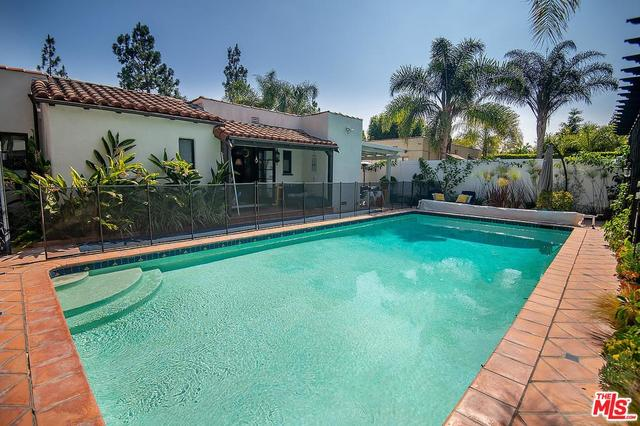 975 Foster Drive Los Angeles, CA 90048