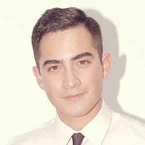 Bruce Urena, Agent in Los Angeles - Compass