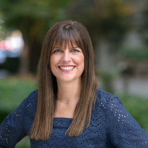 Jennifer Shurman,                     Agent in San Francisco - Compass