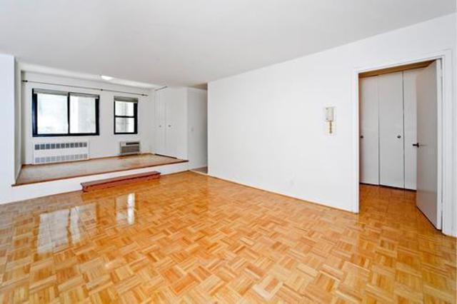 85 8th Avenue, Unit 2B Image #1