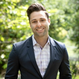Noah Applebaum,                       Agent in Los Angeles - Compass