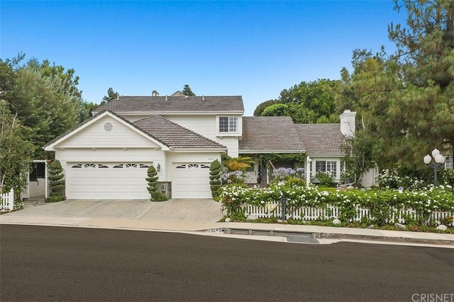 6167 County Oak Road Woodland Hills, CA 91367