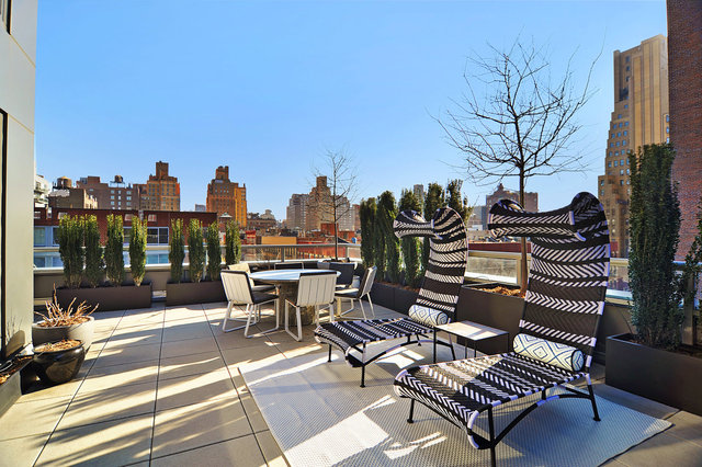 305 West 16th Street, Unit 6D Image #1