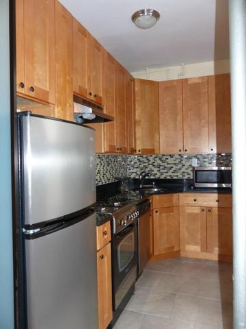 325 West 71st Street, Unit 3F Image #1