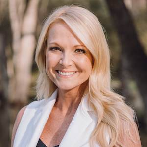 Diane Beaty,                       Agent in Dallas-Fort Worth - Compass