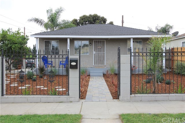 11048 Archwood Street North Hollywood, CA 91606