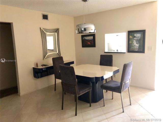 4301 Martinique Circle, Unit D3 Coconut Creek, FL 33066