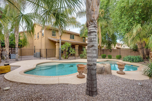 2747 East Teakwood Place Chandler, AZ 85249
