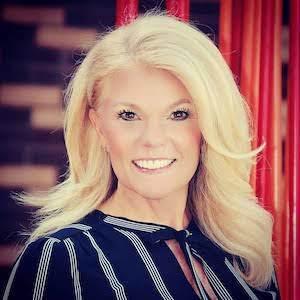 Cyndie Alexander,                       Agent in Denver - Compass