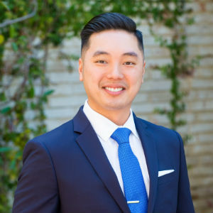 Jonathan Ng,                     Agent in San Francisco - Compass