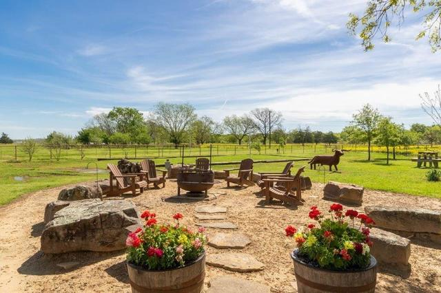 8943 County Road 3270 Chatfield, TX 75105
