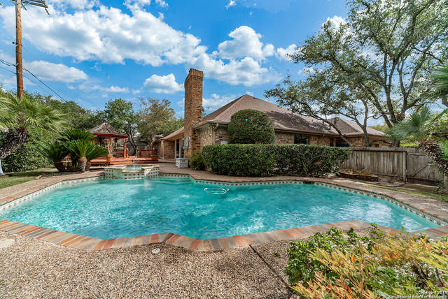 15622 Cloud Top San Antonio, TX 78232