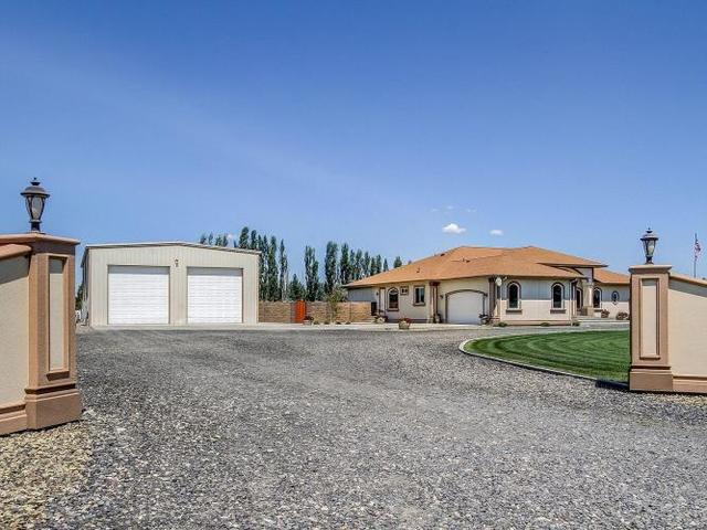 34816 South Hawks Tree Prairie Southeast Kennewick, WA 99337
