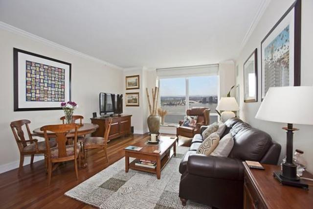 30 West Street, Unit 33G Image #1