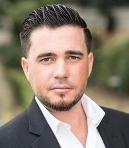 Max Alatorre,                       Agent in Los Angeles - Compass